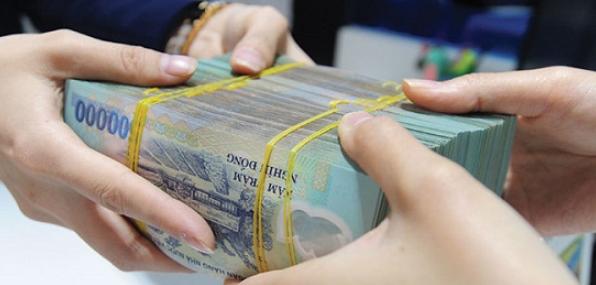 Rút tiền mặt thẻ tín dụng lãi suất thấp nhất