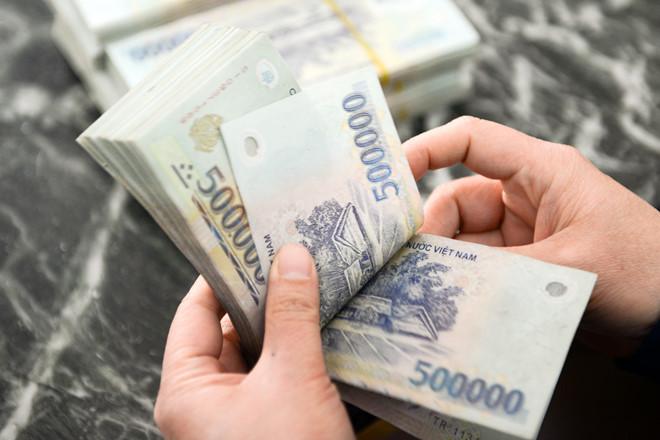 Thẻ visa là gì ?Có nên rút tiền mặt từ thẻ visa?