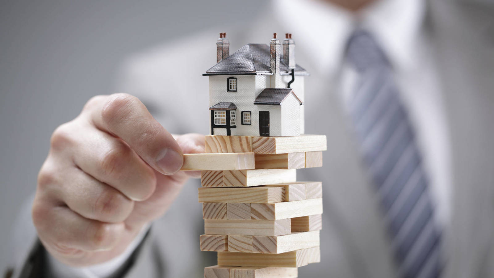 Vay thế chấp bất động sản - Những vấn đề cần lưu ý