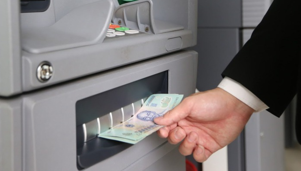 Cách rút tiền mặt bằng thẻ tín dụng tối ưu nhất