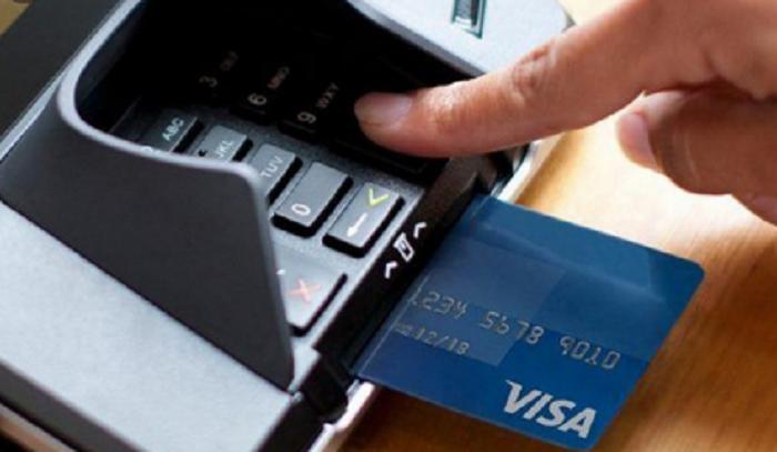 Những cách rút tiền mặt từ thẻ Visa mà bạn cần biết?