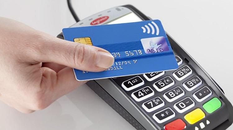 Rút tiền mặt từ thẻ tín dụng tại Tài chính nhanh