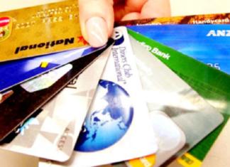 Rút tiền mặt từ thẻ visa