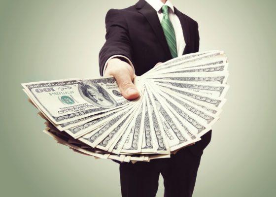 Tùy vào mục đích vay vốn khác nhau mà ngân hàng sẽ đưa ra hạn mức và mức lãi suất riêng cho khách hàng.