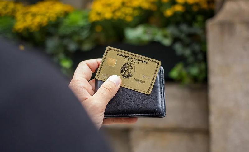 Có nhiều cách để bạn rút tiền từ thẻ Amex