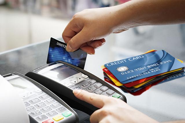 Cách rút tiền qua cây ATM là phổ biến nhất, được hầu hết các đơn vị phát hành thẻ tín dụng áp dụng