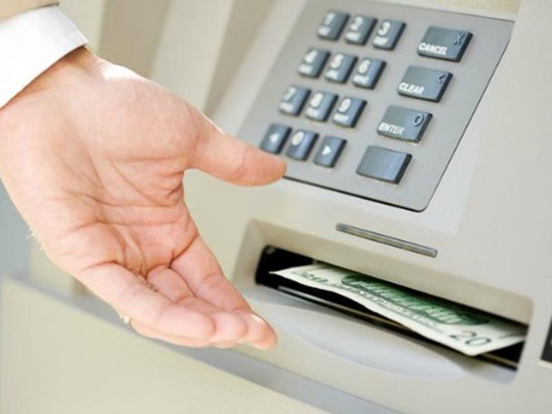 Ngoài thanh toán hóa đơn mua sắm hoặc các giao dịch trực tuyến thẻ tín dụng còn có tính năng rút tiền mặt